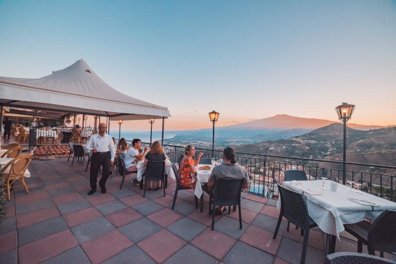 Restaurants In Taormina Pizzeria With Panoramic Terrace
